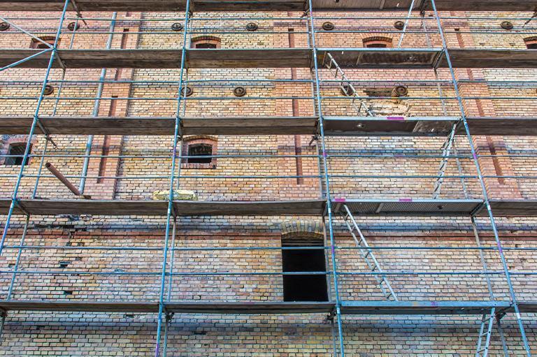 Kotwienie budynków